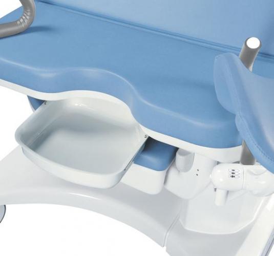 Пластиковый лоток (8 л.), (входит, вариативно, в базовое оснащение кровати)
